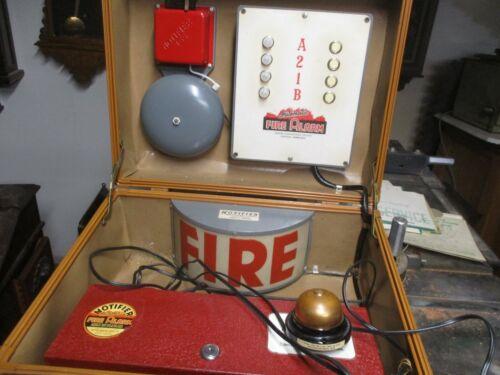 VINTAGE NOTIFIER FIRE ALARM TEST KIT - SALESMAN SAMPLE? IN 1940