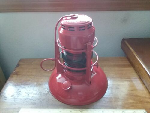 DIETZ NO. 40 TRAFFIC GUARD RED LANTERN RED GLOBE RAILROAD - Restored