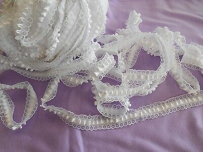 """BULK satin ribbon tufted lace white etched daisies 40 yds x 1"""" w free ship 14.99"""