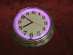 Electric / Battey Neon Vintage Color Changing Neon Wall Clock
