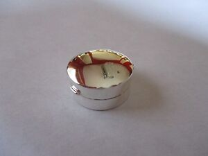 Sterling Silver Pill Box Round 925 solid silver 3/4 inches round Hallmarked