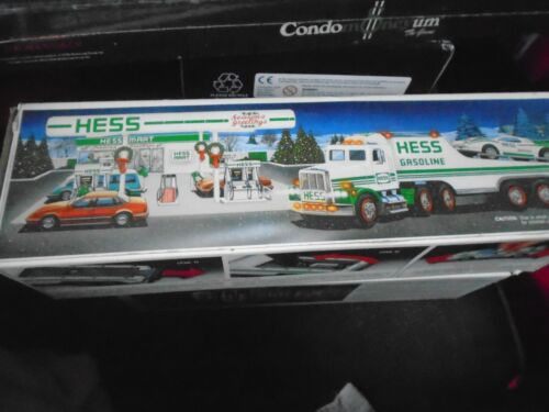 1991 HESS TOY TRUCK with RACER and Box