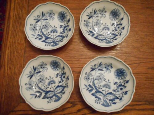 "4 Hutschenreuther BLUE ONION 6"" Cereal Bowls Germany"
