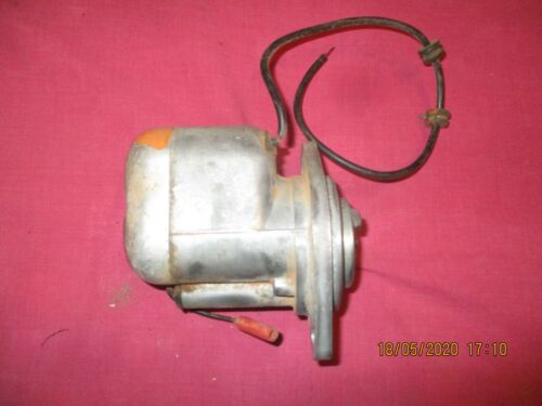 vintage stationery engine magneto wipac made in england ,in good used condition
