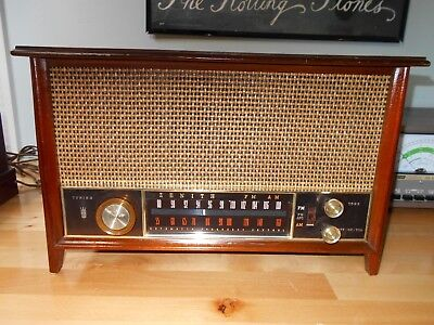 Zenith Vacuum Tube Table AM FM Radio Wood Cabinet Restored Natural Wicker K731  for sale  Jacksonville