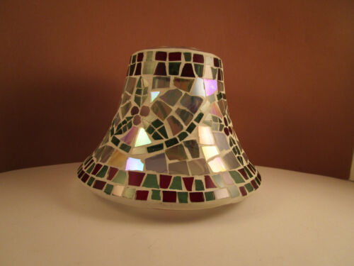 Yankee Candle Company Holly Berry Mosaic Shade Topper