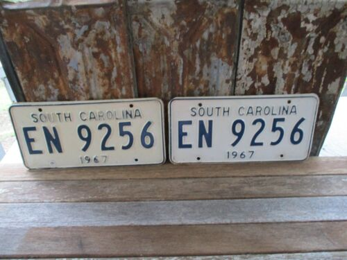 VINTAGE MATCHING-PAIR 1967-SOUTH CAROLINA LICENSE PLATES-EN 9256- GOOD COND.