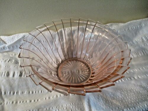 JEANNETTE SIERRA PINWHEEL PINK DEPRESSION GLASS VEGETABLE SERVING BOWL