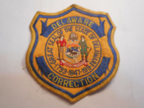 DELAWARE [DEPARTMENT OF] CORRECTION, JACKET - UNIFORM - BACKPACK CLOTH PATCH