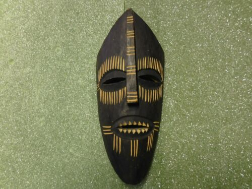 """13"""" African (Rhodesia) Hand Carved Wooden Wall Decoration"""