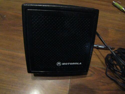 MOTOROLA EXTERNAL RADIO SPEAKER  BLACK WITH WIHITE LETTERS & WING NUTS  TESTED