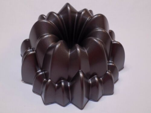 Wilton Metal Bundt Cake Pan Decorative Baking Form Dimensions Cascade Aluminum