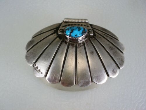 SCARCE OLD NAVAJO STERLING SILVER & TURQUOISE CLAMSHELL PILLBOX