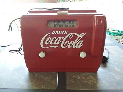 """Coca Cola Cooler Tube Radio AM/FM Red Vintage 11.5"""" wide x 9"""" tall x 7"""" deep"""