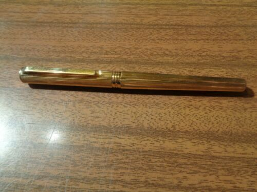 UNIQUE SOLID 19 CT GOLD PARKER FOUNTAIN PEN