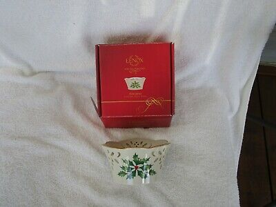 HIGH QUALITY~Lenox Holiday Pierced Small Bowl-Brand New In Box~LOVELY - Holiday Items