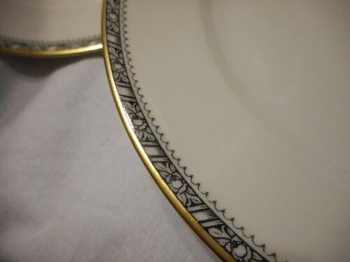 Vintage Heinrich H & Co Selb Bavaria Germany Set 4 Dinner Plate Black Rim Design