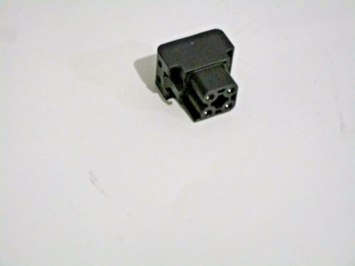 ALPINE XA90V SPEAKER CONNECTOR PLUG FOR AMPLIFIER NEW OEM F5