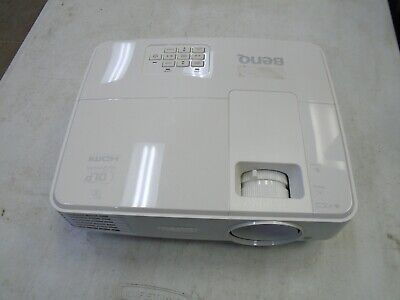 BenQ MX525 XGA Eco-Friendly DLP Projector 3300 Lumens 3D Ready HDMI (2468 Hours