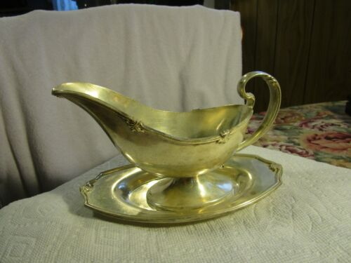 OLD  ANTIQUE~SHEFFIELD REPRODUCTION SILVERPLATED GRAVY BOAT AND UNDERPLATE~5121