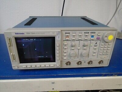 Textronix Tds724a 2 Ch Color Digitizing Oscilliscope 500 Mhz 1gss
