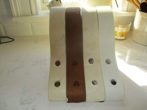 6 Wood vintage brackets/4 the same/2 the same. Primitive