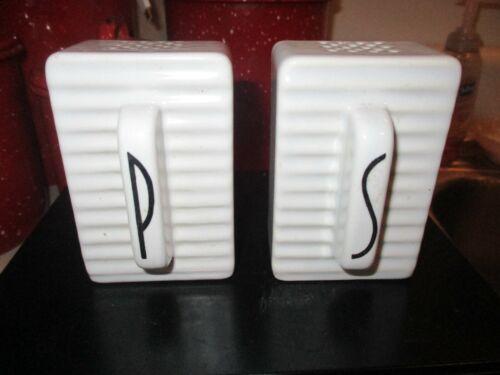 Vintage Retro Range Stove Top Salt Pepper Shakers Set Art Deco Porcelain