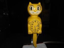 VINTAGE 1950's CANARY YELLOW KIT CAT KLOCK CLOCK MODEL D-3 ALLIED MFG CO.