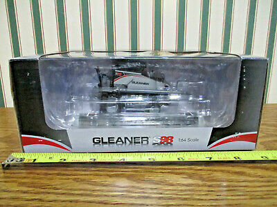 Gleaner S98 Combine 2016 Orange Spectacular Show By SpecCast 1/64th Scale >