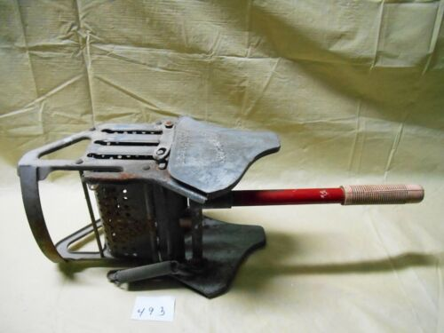 Vintage Geerpres Floor Knight Mop Bucket Strainer Wringer w/ Handle #816