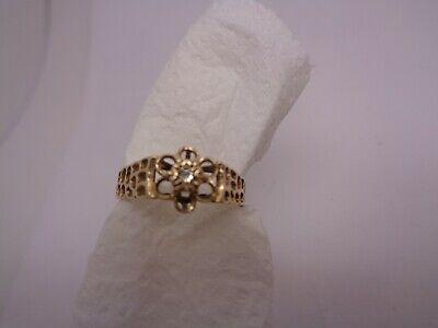 VINTAGE 9CT & DIAMOND RING TEXTURED SHOULDERS SIZE N FULLY STAMPED  (ref37.5)