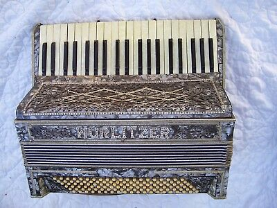 Vintage Good Playing Wurlitzer Accordion For Restoration With Case