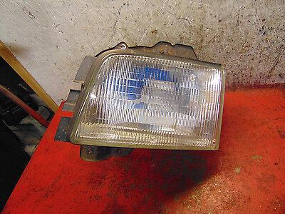 02 01 00 99 98 Isuzu Trooper oem drivers side left headlight head light assembly