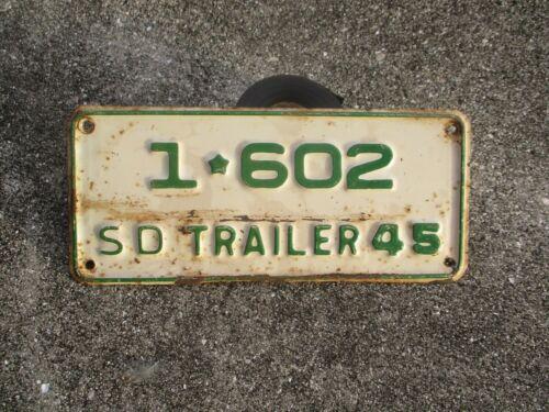 South Dakota 1945 Trailer  small license plate  #  1 * 602