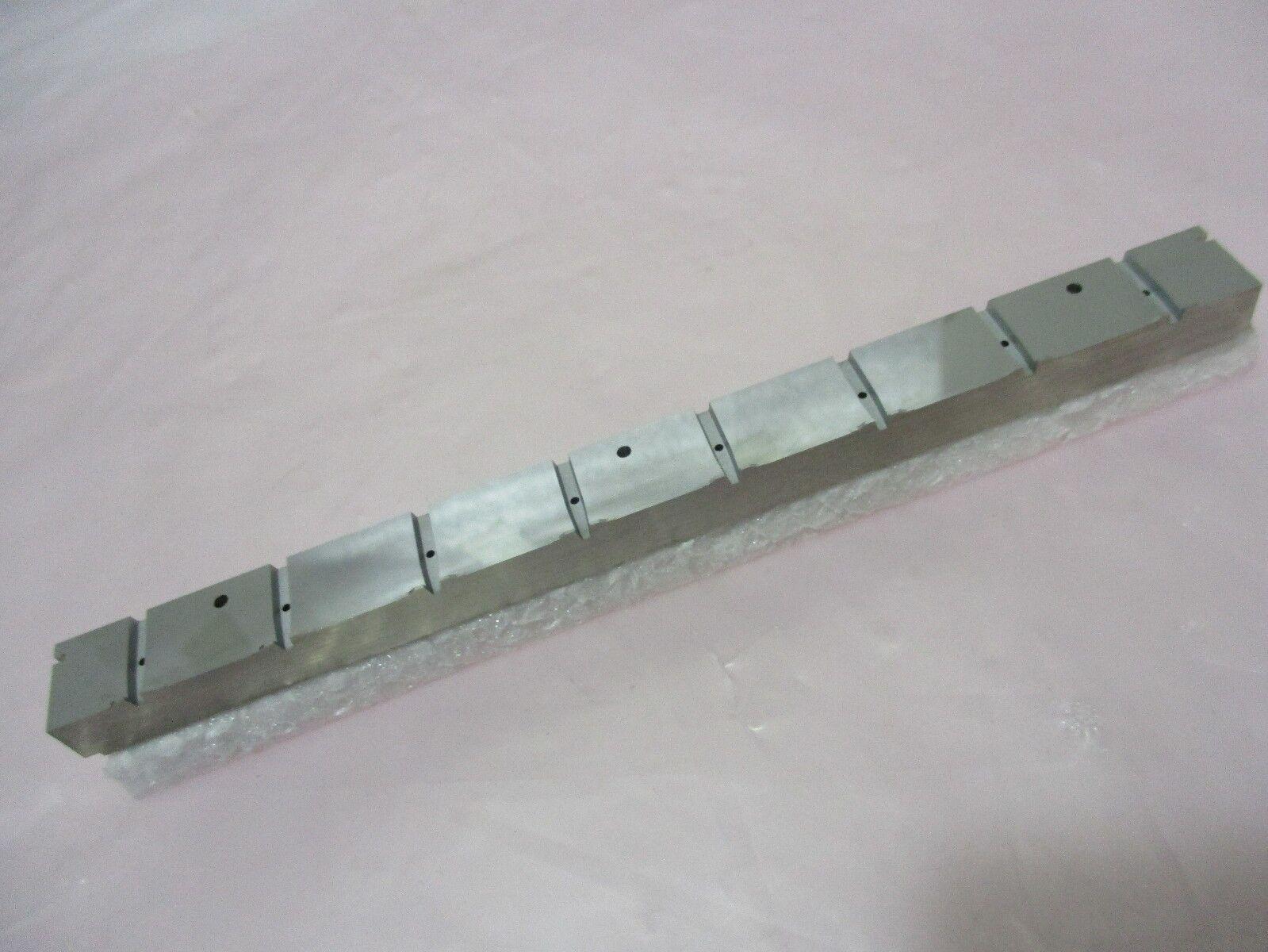 PK18665-H01 Insert, Runner, Upper (28 Pon), 420848