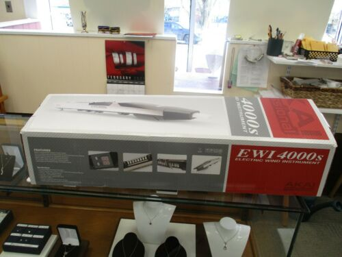 Akai, EWI 4000S Electric Wind Instrument, Used Once!  Shipped from USA $739
