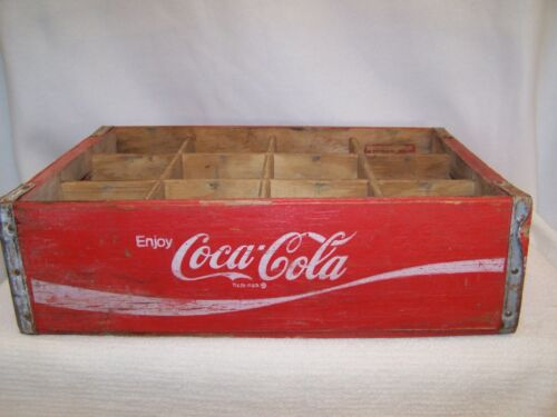 Vintage Yellow 1975 Wooden Coca-Cola 12 -Bottle Crate
