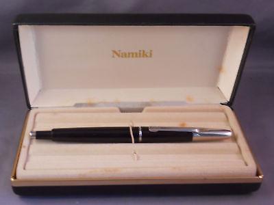 NAMIKI VANISHING POINT CAPLESS BLACK & SILVER FOUNTAIN PEN M PT IN BOX VINTAGE