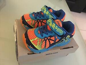 Size 5 Noosa Asics Trinity Beach Cairns City Preview