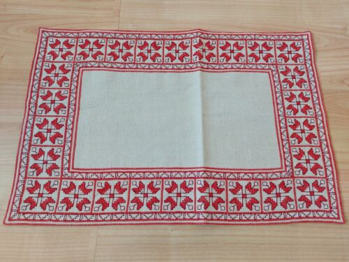 "Antique Gorgeous Vintage Linen Tablecloth Handmade Embroidery Folk art 18.5""x12"""