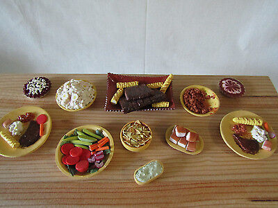 """ON SALE! A BARBECUE BUFFET FOR TONNER, SYBARITE, ELLOWYNE- OTHER 16""""-18"""" DOLLS"""