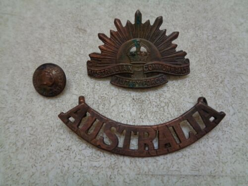 AUSTRALIAN COMMONWEALTH MILITARY FORCES RISING SUN BADGE BUTTON +