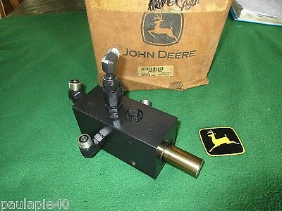 John Deere An207381 Self Propelled Sprayer Brake Valve