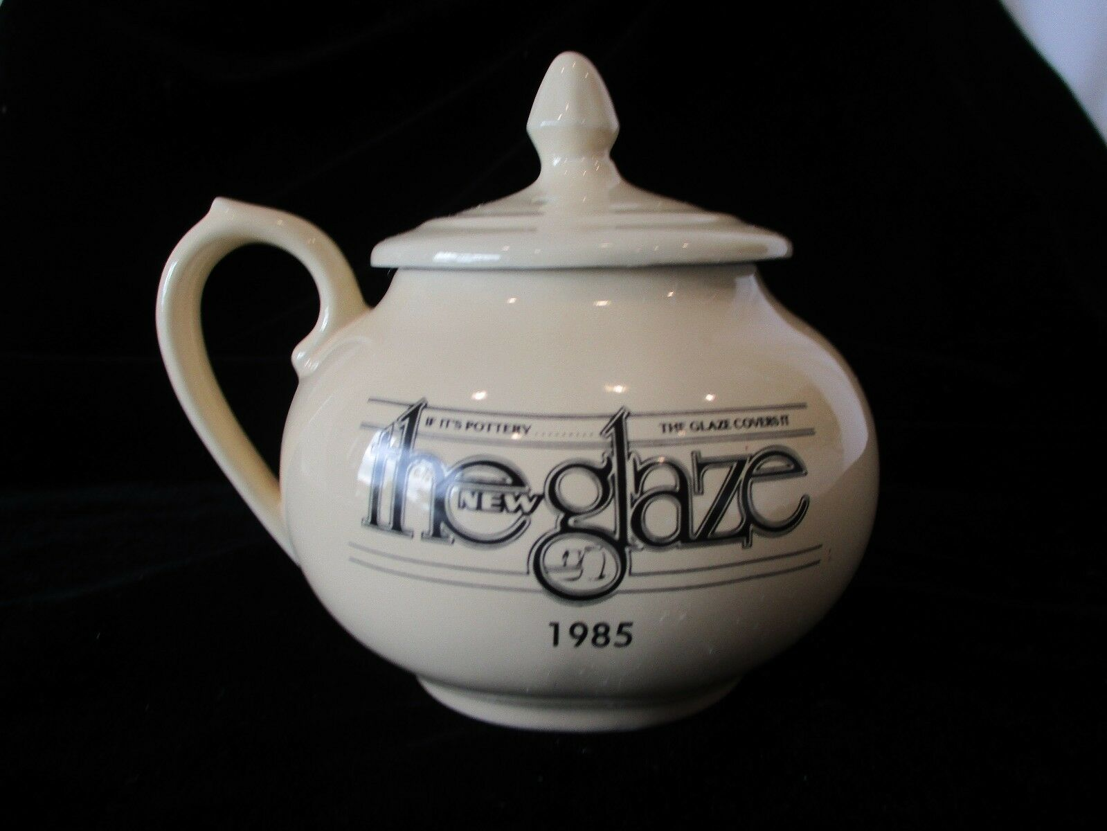 "Vintage HALL CHINA ~ ""The New Glaze"" 1985 2 Cup Side Handle Teapot"