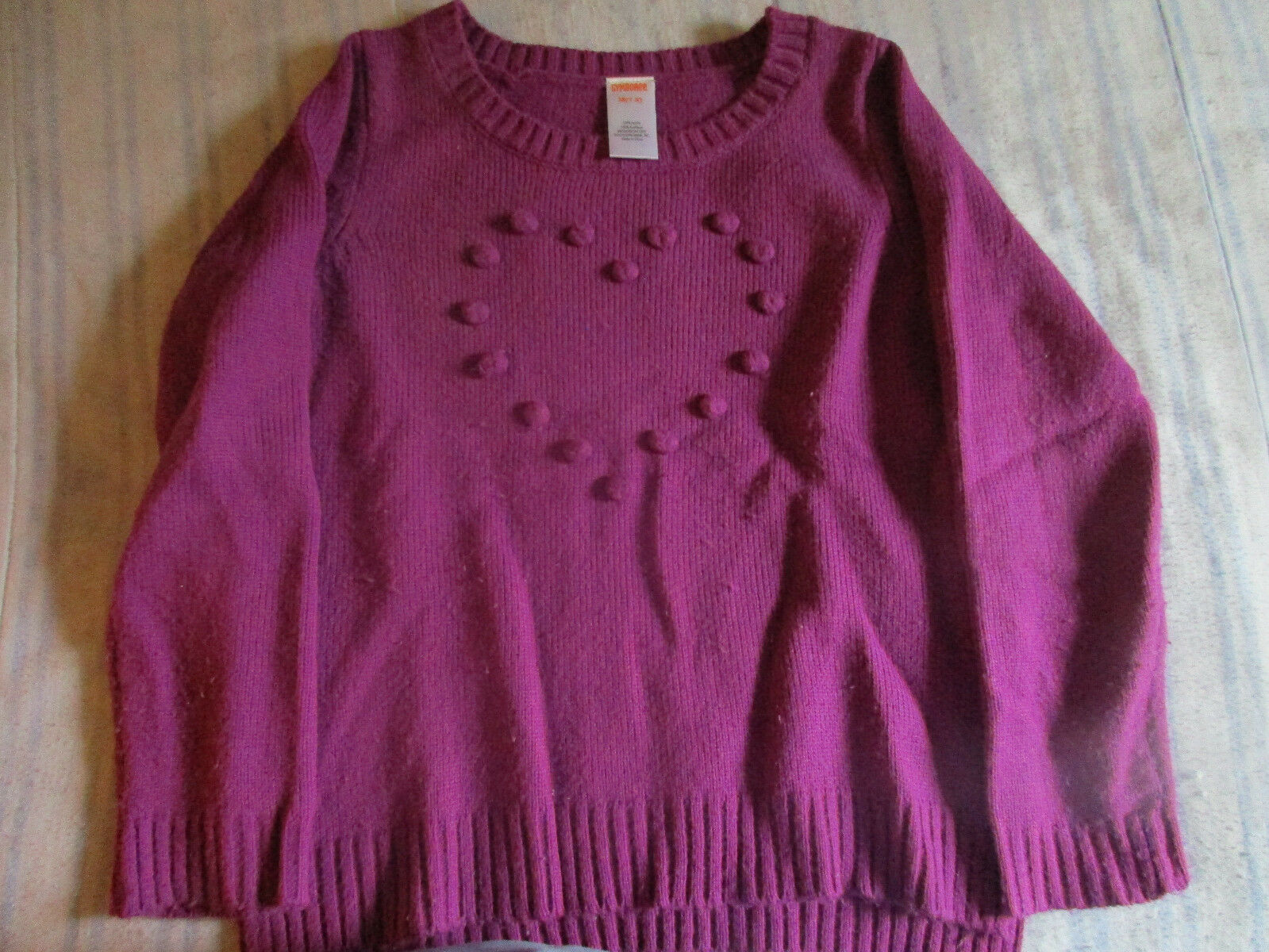VGUC Gymboree Girls Size 7/8 Sweater Weather Magenta Bauble Heart Sweater - $9.99