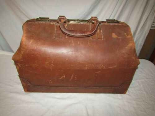 VINTAGE LARGE LEATHER 2 HANDLE TRAVEL BAG LUGGAGE DOCTOR BAG