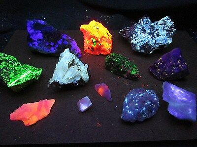 CLEARANCE! 2 Lb Fluorescent mineral rock crystal minerals fluorescent rocks box