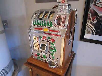 Vintage 1930S Fully Restored Mills Poinsettia Nickel Slot Machine Mint Condition