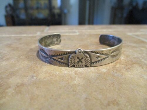 PETITE OLD  Fred Harvey Era Navajo Sterling Silver THUNDERBIRD Bracelet
