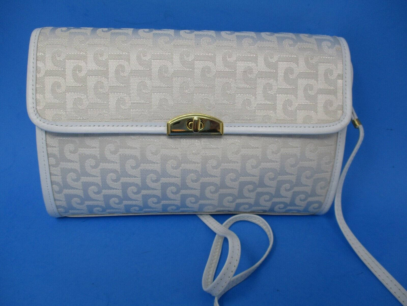 Pierre Cardin White Ivory Signature Crossbody Purse Handbag Clutch